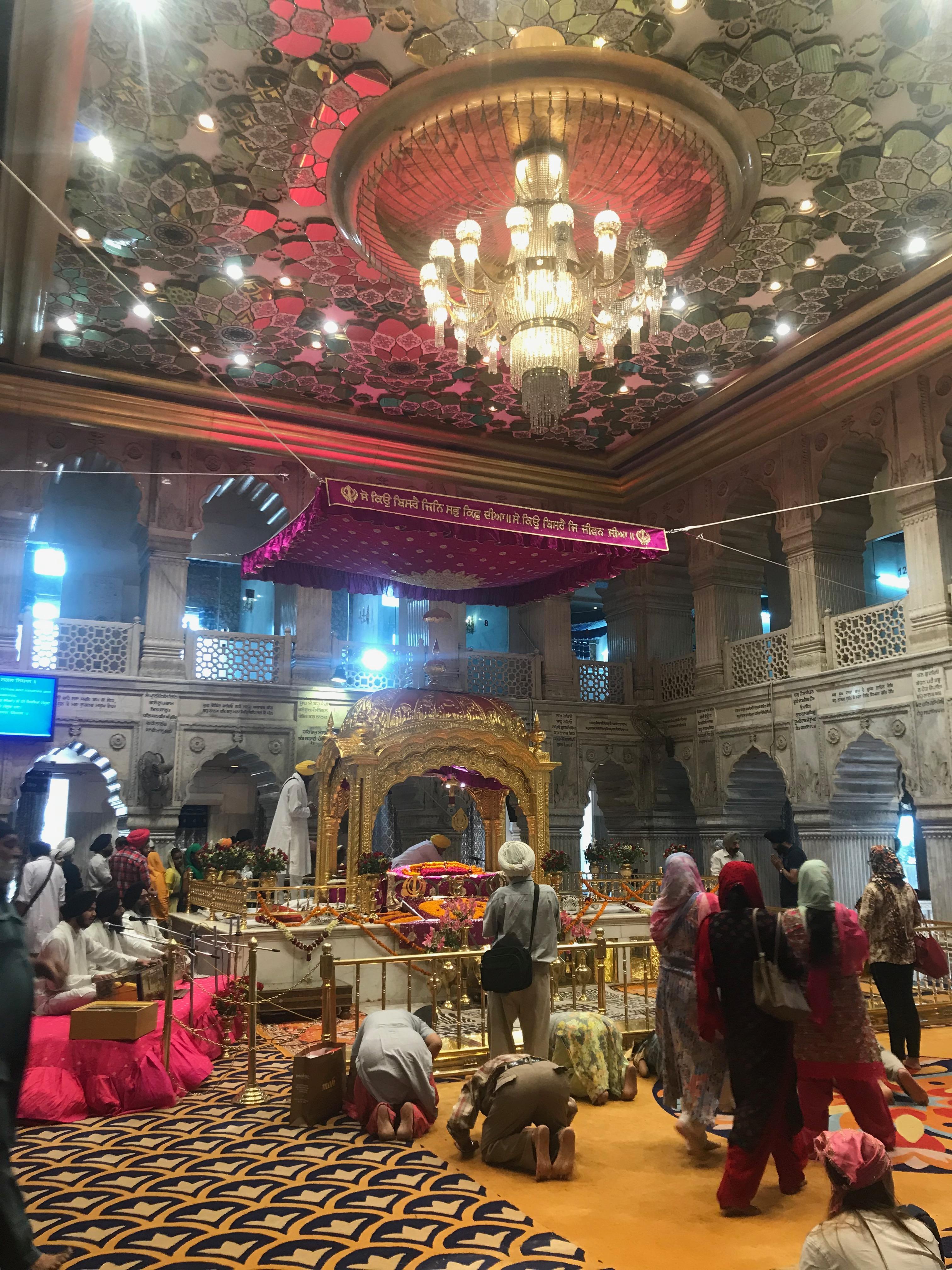 gurudwara delhi india
