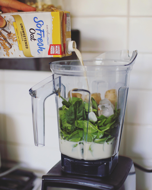 oat milk green smoothie