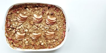 Rhubarb Apple Oatmeal Bake